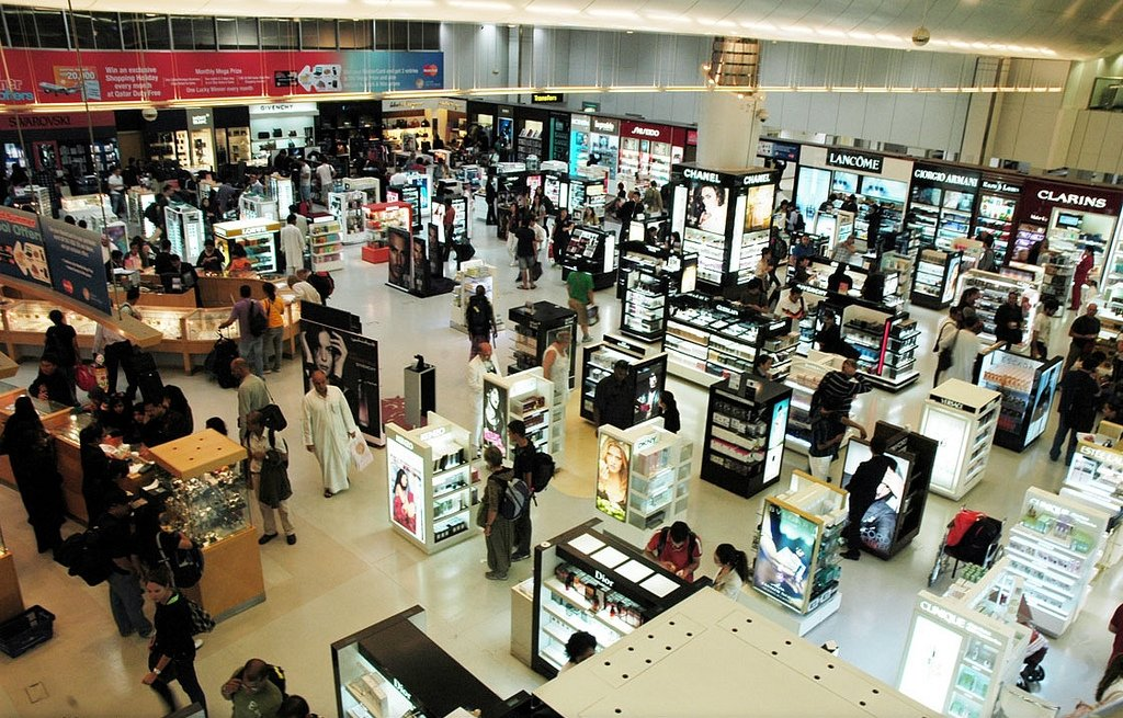 Duty Free Displays Image